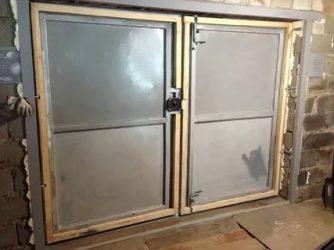 Утепление ворот в гараже своими руками