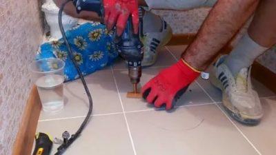 Как просверлить керамогранитную плитку на полу?